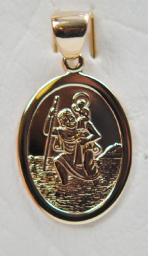 9 Carat Yellow Gold Oval St. Christopher (No Chain) STC-10